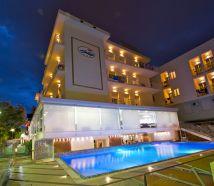 Hotel 3 stelle Cattolica con piscina