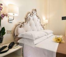 Hotel Lido Cattolica camere letto bello